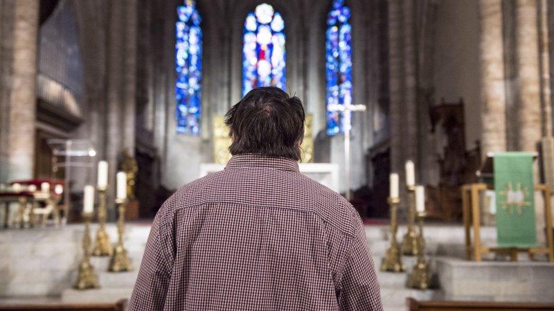 Jérémie (prénom d'emprunt) fait partie des victimes ayant déposé une demande d'indemnisation à la CECAR. Il a été abusé durant son enfance par le curé de son village.