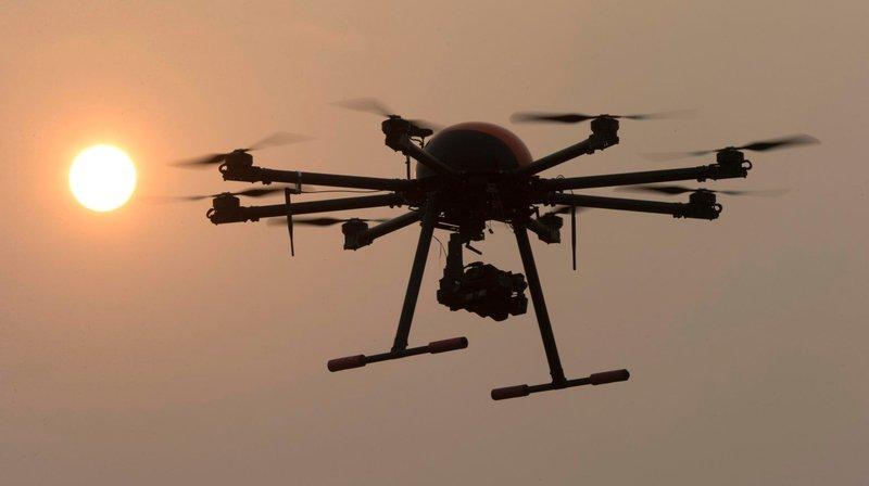Le SESE ne fournit pas d'informations sur le pilote de drone fautif, ni sur la taille et le type de son engin. (illustration)