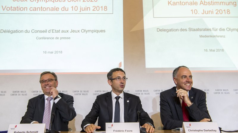 Roberto Schmidt, Frédéric Favre et Christophe Darbellay ont tenu à rappeler l'objet du vote du 10 juin prochain.