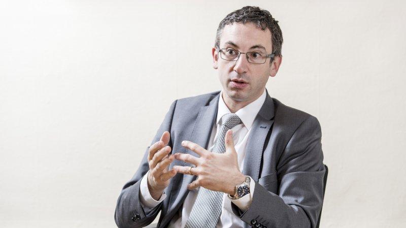 Dysfonctionnements des APEA: Frédéric Favre répond aux critiques
