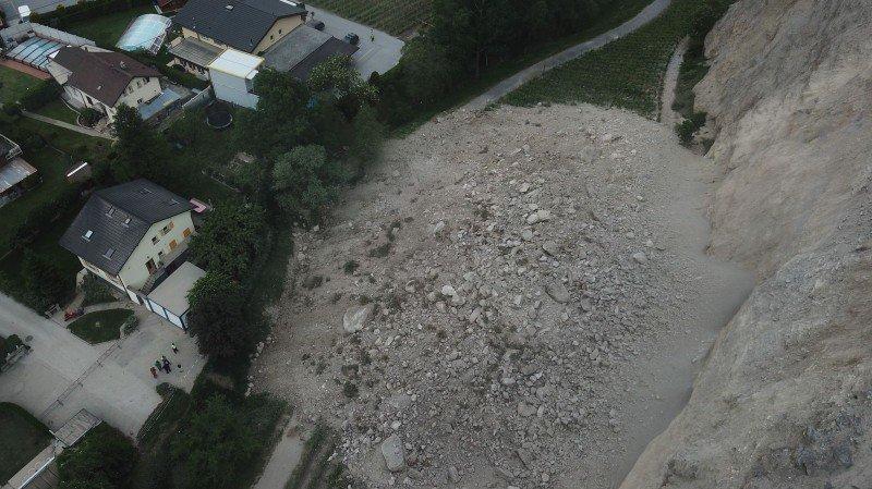 Éboulement à Sierre: 8000 m3 s'effondrent aux Planzettes, deux familles évacuées