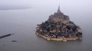 France: un suspect recherché au Mont-Saint-Michel, le site évacué