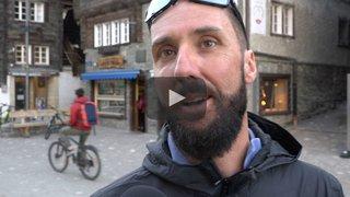PdG 2018: bénédiction et briefing à l'église de Zermatt, les patrouilleurs nous expliquent pourquoi ce moment est si particulier