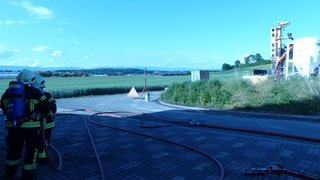Fribourg: une fuite de gaz naturel à Cugy, 300 personnes évacuées, ligne CFF coupée