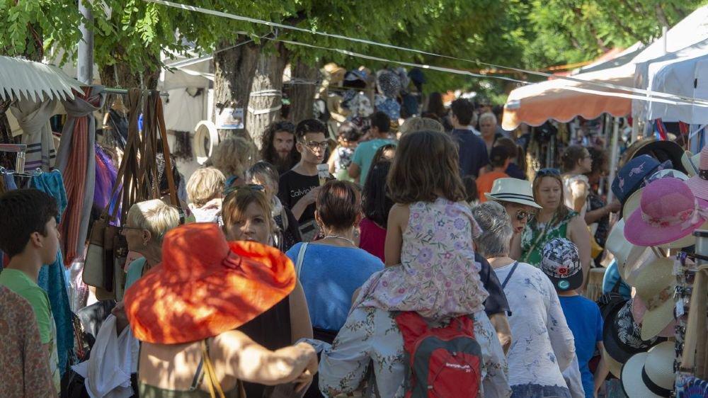 Deux jours durant, la 25e édition du Festival des 5 continents inondée de soleil a drainé la grande foule vers la Place du Manoir de Martigny.