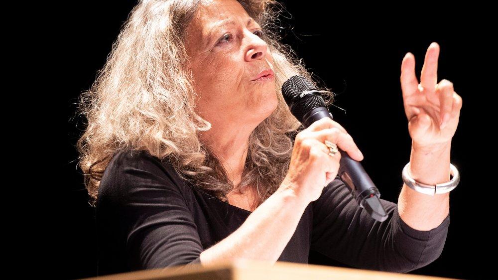 La philosophe et académicienne Barbara Cassin lors de sa conférence au collège des Creusets.