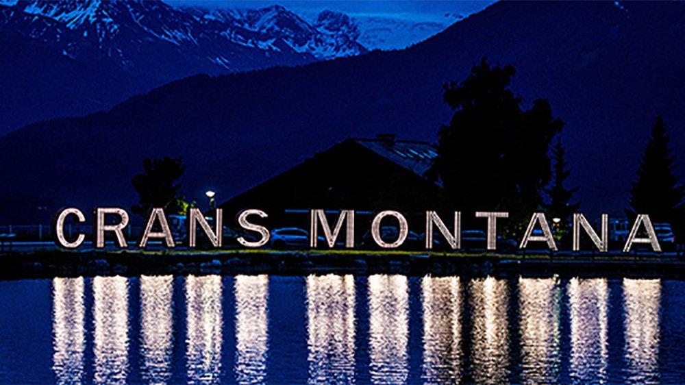 Vendredi soir, les lettres géantes de Crans-Montana, au bord du lac Grenon, se sont illuminées.