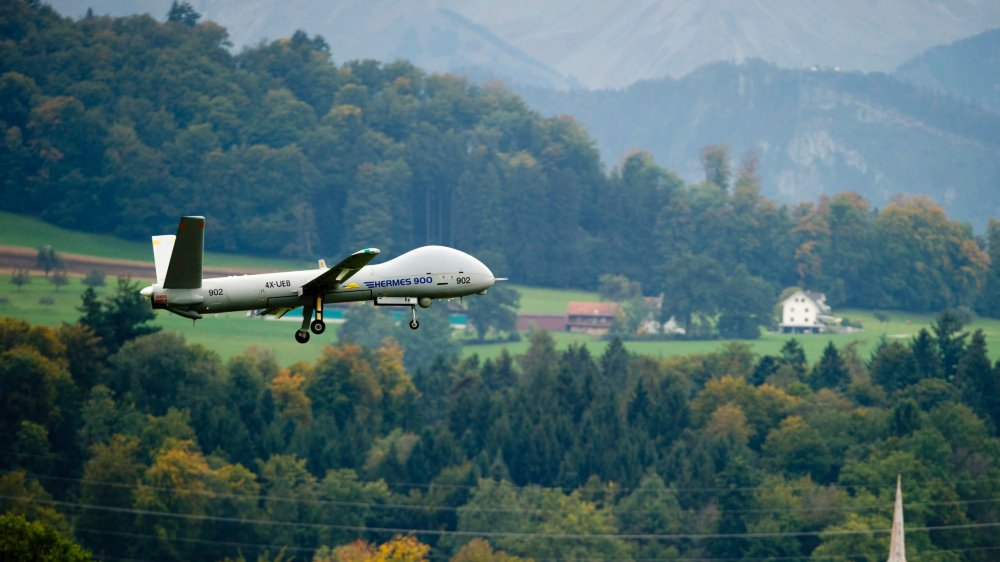 Les drones Hermes 900, qui seront utilisés en Suisse dès l'an prochain, peuvent radiographier le terrain.