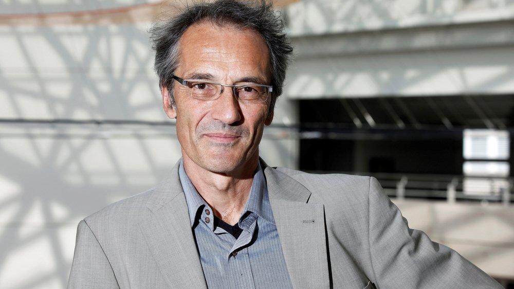Pour Bernard Debarbieux, professeur de géographie à l'université de Genève, la crise de confiance est née avec la révision de la loi sur l'aménagement du territoire.