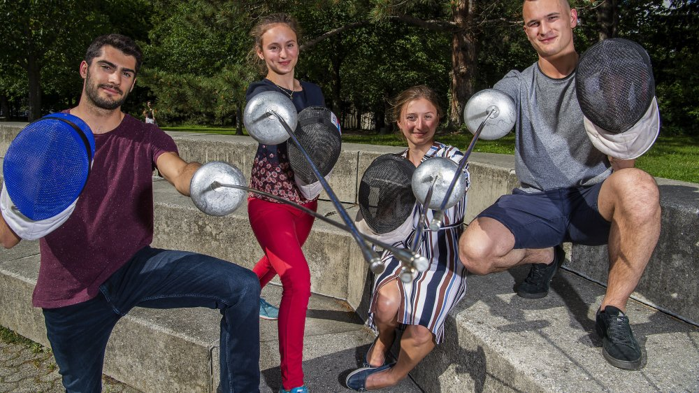 Alexis Bayard, Angeline Favre, Aurore Favre et Lucas Malcotti représentent, avec Hadrien Favre, l'avenir de l'escrime en Valais.