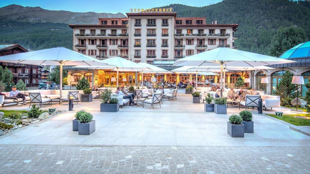 L'Hôtel Zermatterhof a été construit grâce à la main d'oeuvre gratuite des bourgeois.