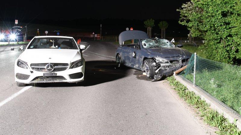 Avant l'accident, plusieurs manœuvres de dépassement ont eu lieu entre le cabriolet Mercedes blanc et le BMW cabriolet grise.