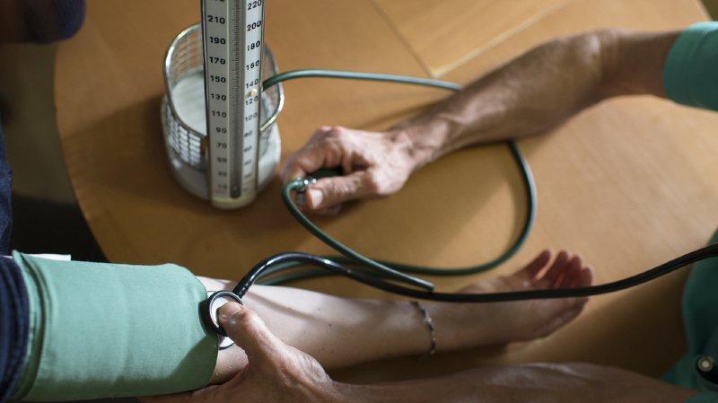 L'âge limite pour les contrôles médicaux obligatoires passera à 75 ans l'an prochain (illustration).