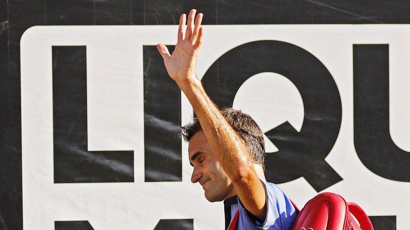 Tennis: Federer gagne contre Zverev à Stuttgart pour son retour à la compétition