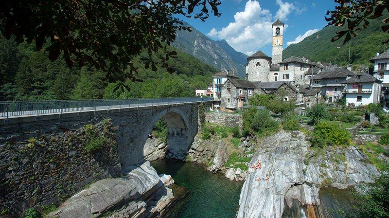 La malheureuse se trouvait à la hauteur du pont romain à Lavertezzo lorsqu'elle a été emportée par les flots.