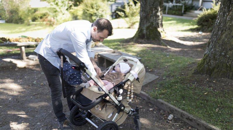Congé paternité: contre-projet du PLR à l'initiative pour un congé paternité