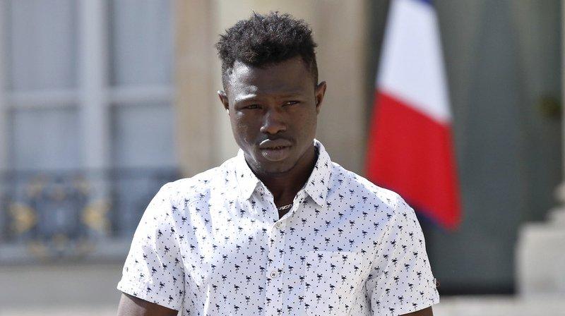 France: le migrant malien qui a sauvé un enfant a été régularisé