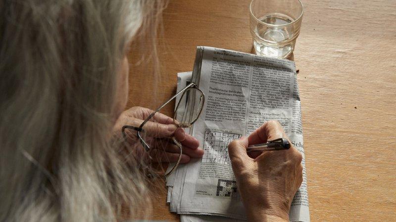 Les retraités et les invalides bénéficiant des prestations complémentaires (PC) constituent un peu plus de 16% des rentiers AVS et AI. (illustration)