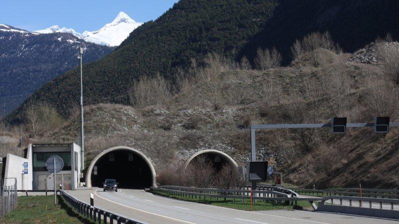 A9: des travaux d'entretien et de nettoyage sont prévus dans le tunnel de Gamsen