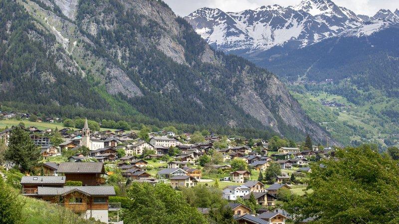La fortune par habitant est passée de 1874 francs en 2016 à 1242 francs en 2017.
