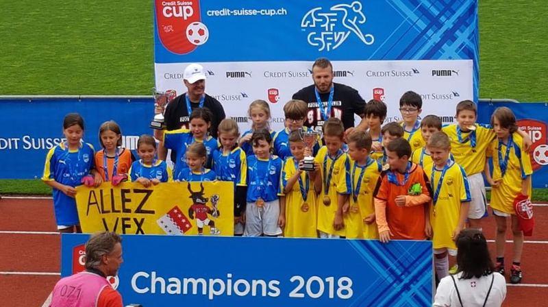 Vex est champion suisse des écoles. Du jamais vu pour une équipe valaisanne.