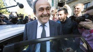 Football: blanchi par la justice suisse, Platini attend désormais que la sanction sportive soit levée
