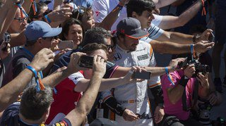 Fernando Alonso en superstar aux 24 Heures du Mans