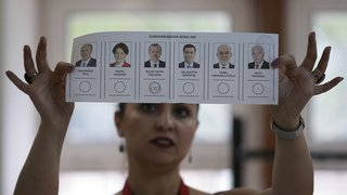 Elections en Turquie: Recep Tayyip Erdogan revendique la victoire au premier tour