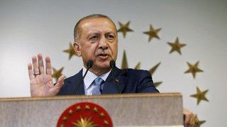 Élections en Turquie: Erdogan réélu au premier tour avec 52,5% des voix