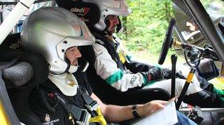 Rallye du Chablais: le néoretraité valaisan Sébastien Carron distille ses conseils aux pilotes qui le désirent
