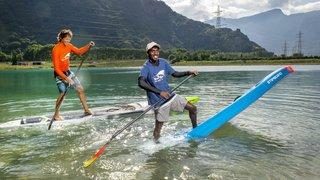 Stand up paddle: le champion d'Inde s'entraîne en Valais