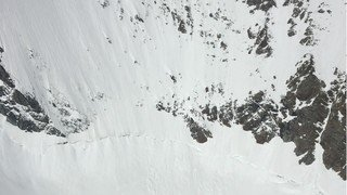 Une personne succombe à une chute mortelle à Saas-Fee