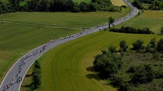 Espagne - Pays basque: chaîne humaine de 200 km pour un vote d'indépendance