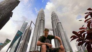 Dans l'attente de son ULM, l'aventurier valaisan Xavier Rosset est «à fond» en Malaisie