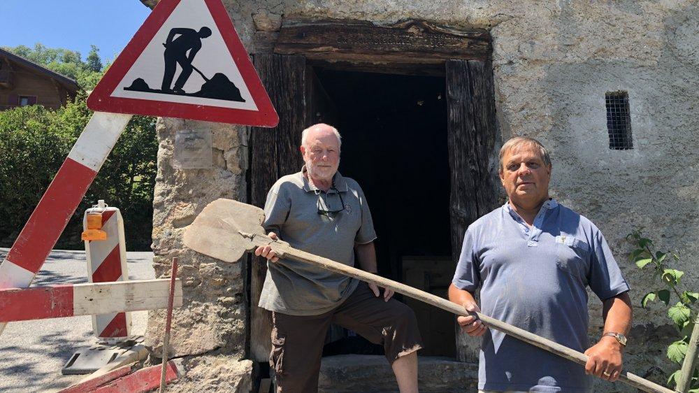 Michel Hehlen et Freddy Claret se mobilisent en faveur du four banal de Collaire.