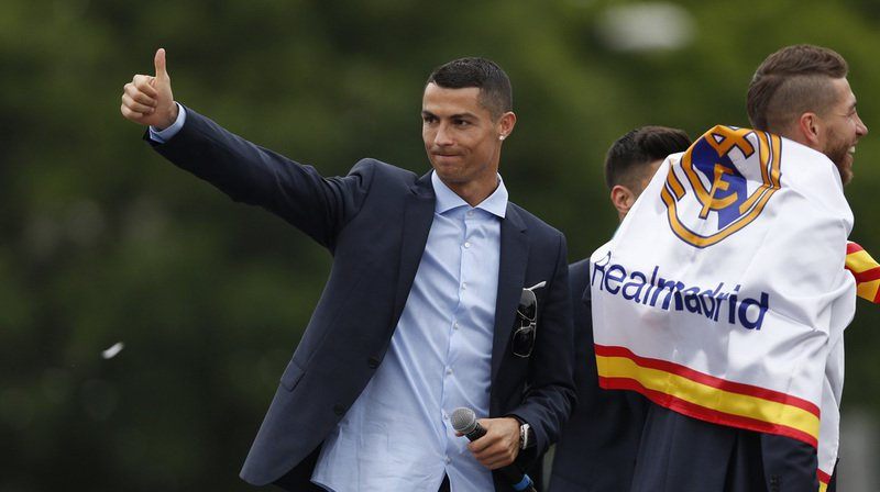 """Football: la presse espagnole dit """"Ciao"""" à Ronaldo, annoncé à Turin"""