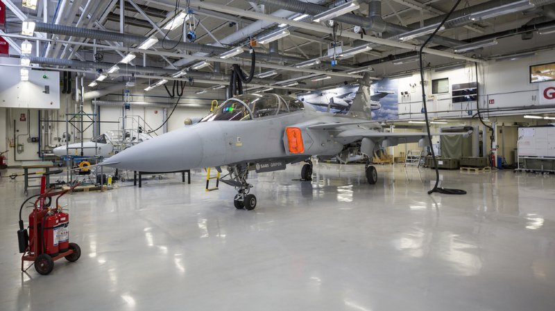 Armée suisse: les futurs avions de combat seront français, allemands, suédois ou américains
