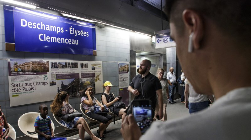 Coupe du monde 2018: le métro parisien célèbre la victoire des Bleus
