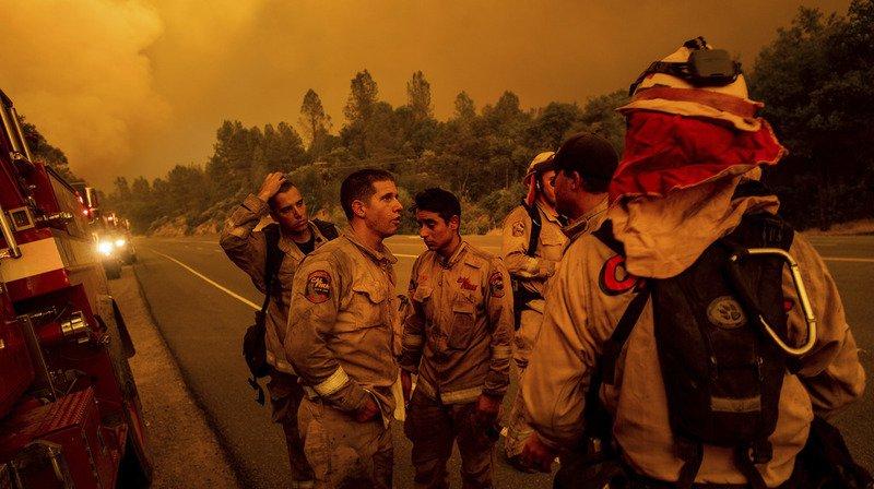 Etats-Unis: un mort dans le feu de forêt en Californie