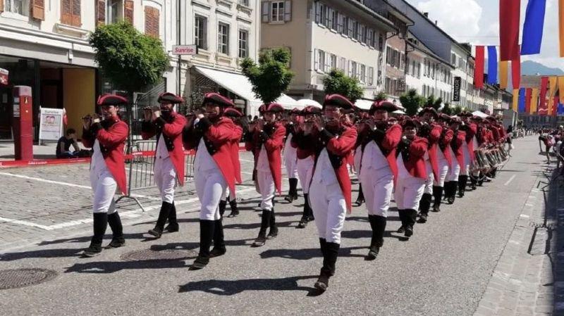 Les tambours et fifres sierrois ont fait forte impression à Bulle, consolidant leur statut de leader romand.