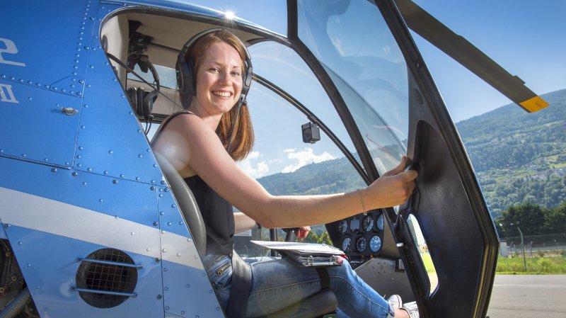 Hélicoptère: Lyne Dumoulin, l'habileté au bout des doigts