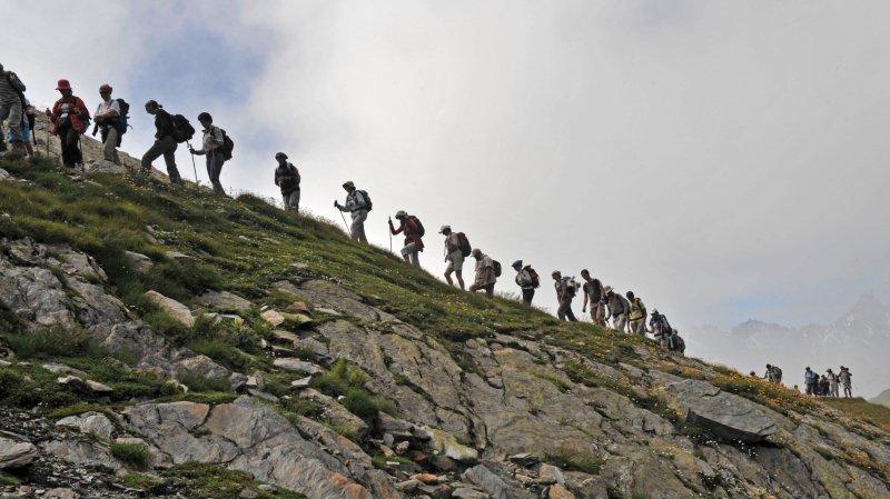 Cet été, l'hospice du Grand-Saint-Bernard organise quatre pèlerinages alpins entre le Val Ferret - la montée du Col de Fenêtre sur cette photo - et le col.
