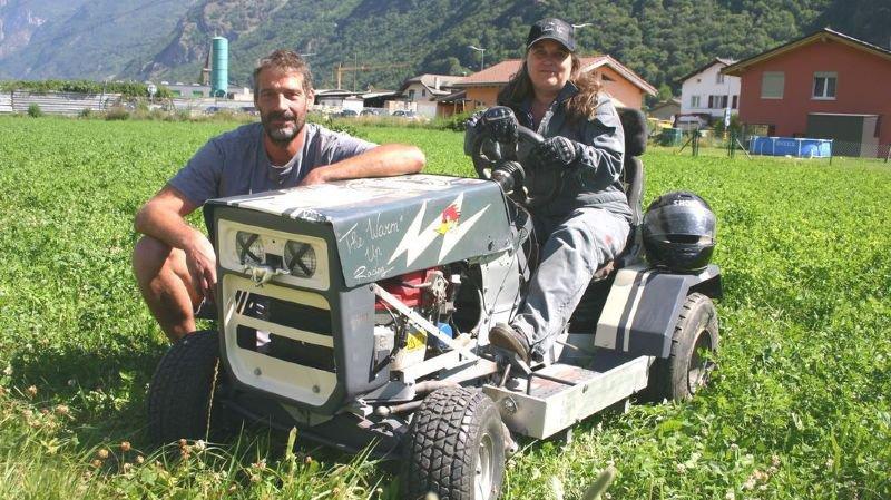 Christian et Christelle Roduit sont des fidèles de la course de tondeuses de Dorénaz.