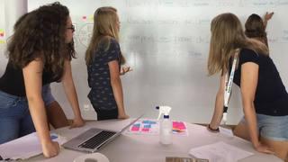 Valais: la science appelle les filles