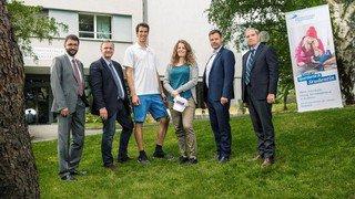 Ramon Zenhäusern et Patrizia Kummer sont les ambassadeurs d'UniDistance