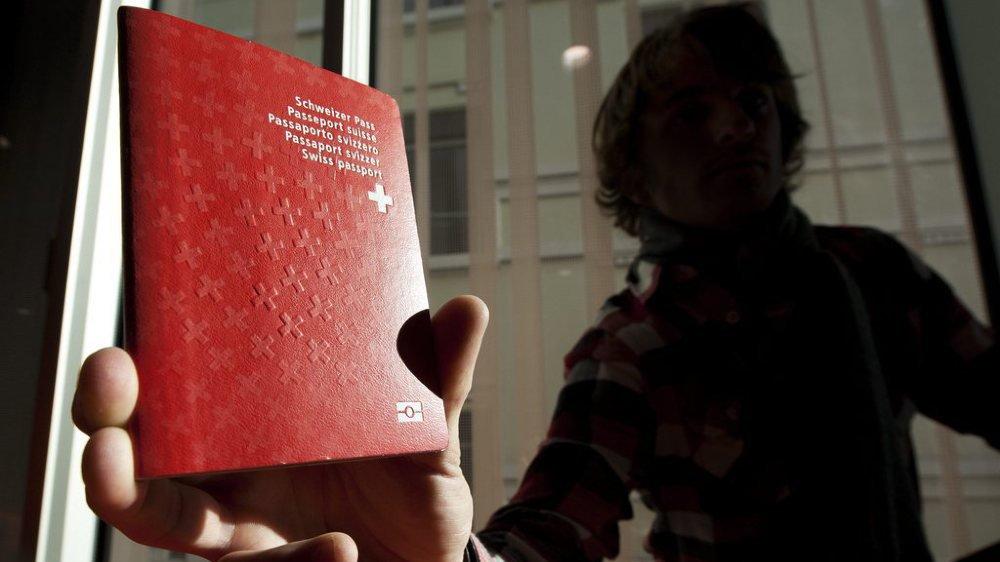 Lausanne: naturalisation rejetée pour avoir refusé de serrer la main de personnes du sexe opposé