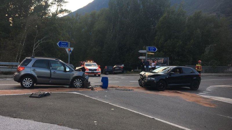 Deux jeunes femmes ont été blessées dans cet accident pour lequel un appel à témoin est lancé.