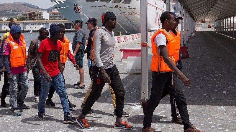 Méditerranée: les gardes-côtes espagnols ont secouru 458 migrants