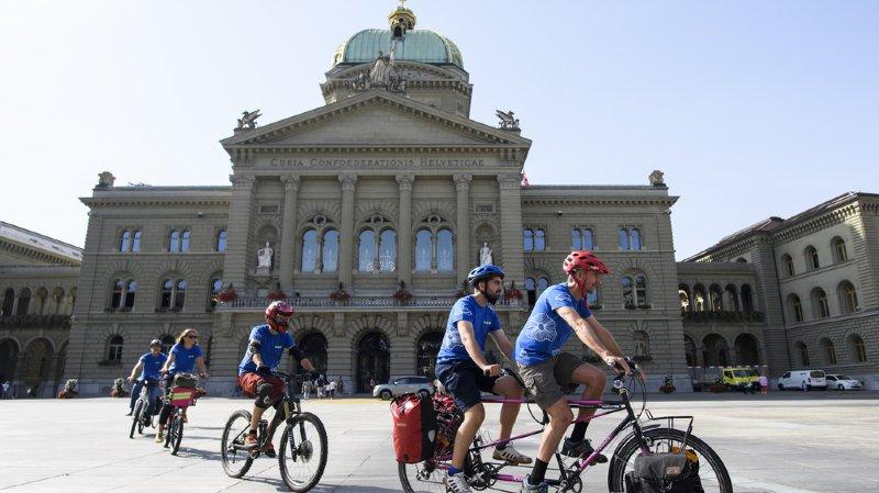 Transports: l'ATE veut que la Suisse de dote enfin d'un vrai réseau cycliste complet et sûr
