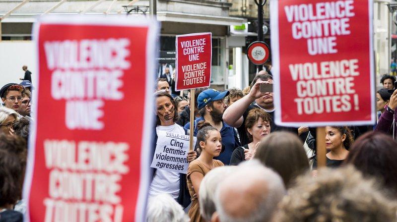 La manifestation était organisée par SolidaritéS et La Marche Mondiale des femmes.